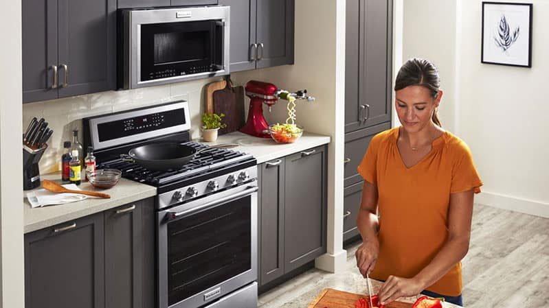 kitchenaid-over-the-range-microwave-hood-installed-with-cabinets