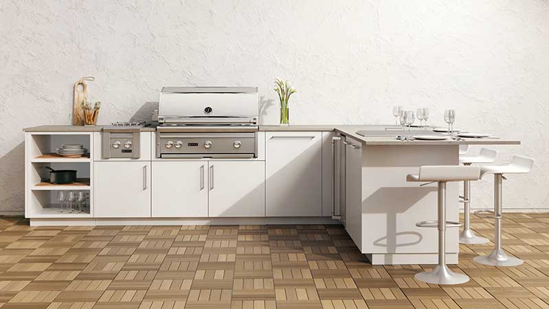 l-shaped-urban-bonfire-outdoor-kitchen-with-lynx-grill