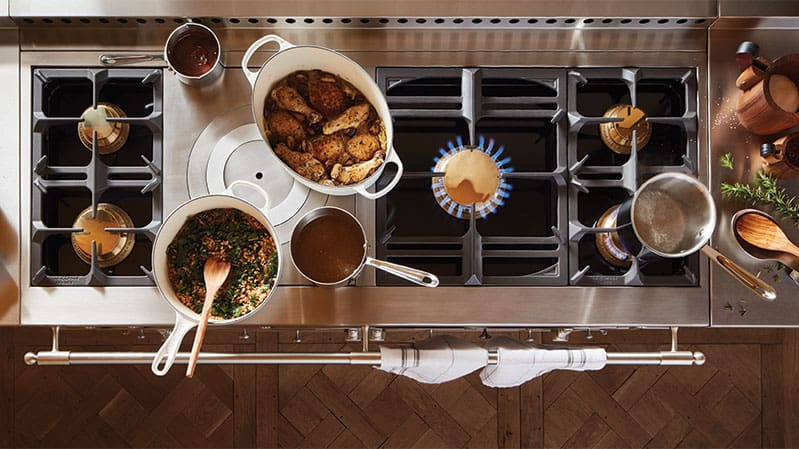 la-cornue-chateau-rangetop-with-french-top