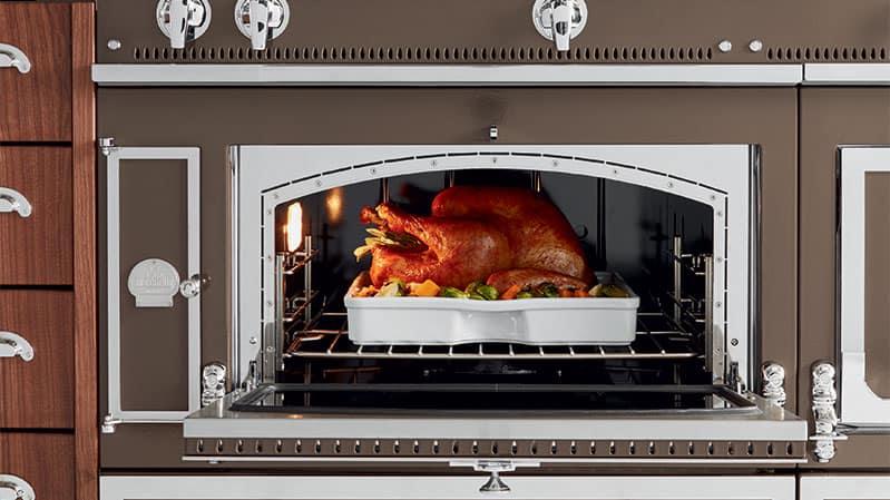 la-cornue-gas-oven-open (1)