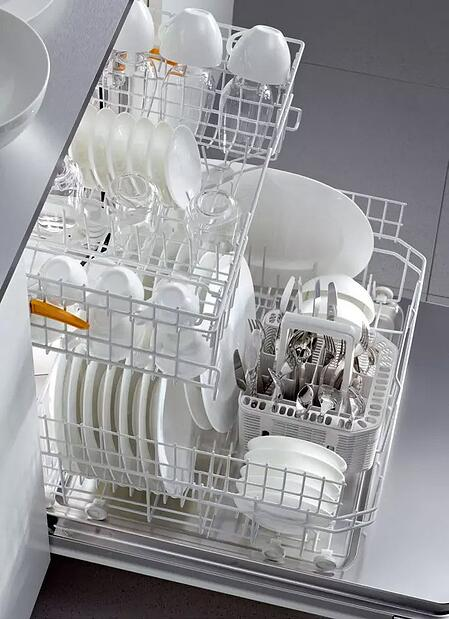 miele-futura-crystal-dishwasher-racks