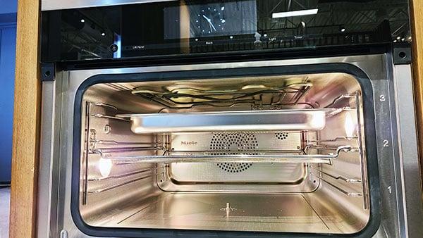 miele-steam-oven-interior