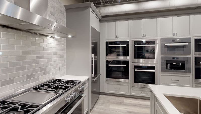 miele-wall-ovens-at-yale-appliance-in-hanover-showroom
