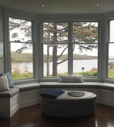 ocean-view-in-kitchen