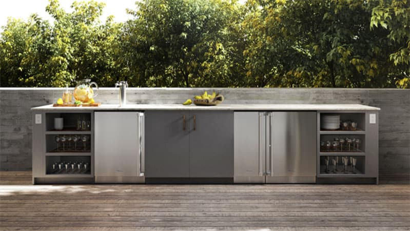 outdoor-refrigeration-for-an-outdoor-kitchen
