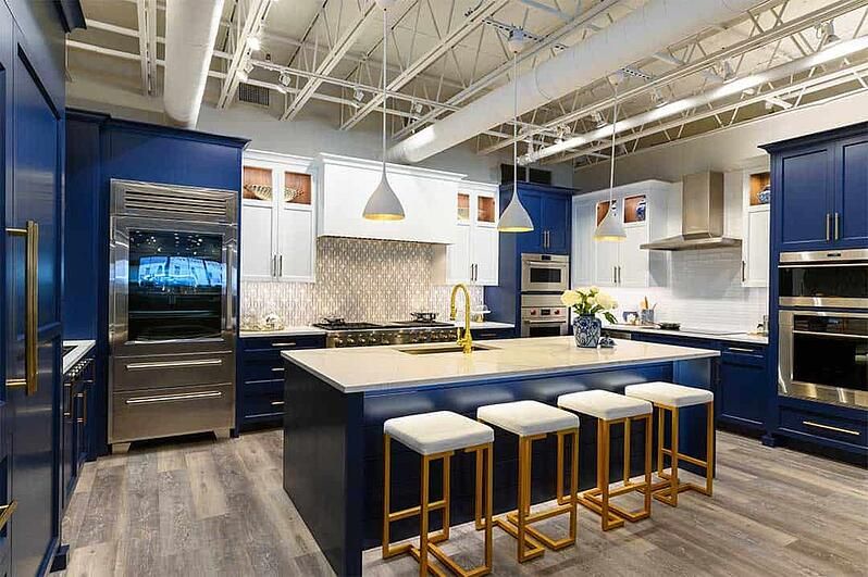 sub-zero-and-wolf-kitchen-at-yale-appliance-hanover (1)