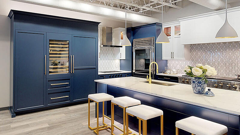 sub-zero-and-wolf-kitchen-featuring-professional-refrigerators-at-yale-appliance-in-hanover