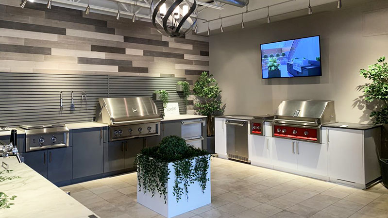 urban-bonfire-outdoor-kitchen-display-at-yale-appliance-in-boston
