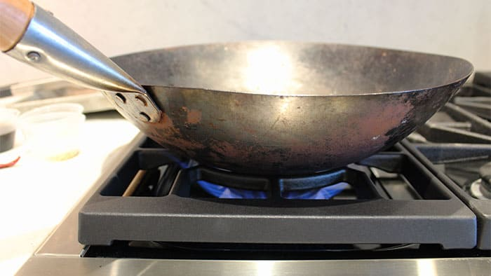 wok-on-a-professional-gas-range-yale-appliance