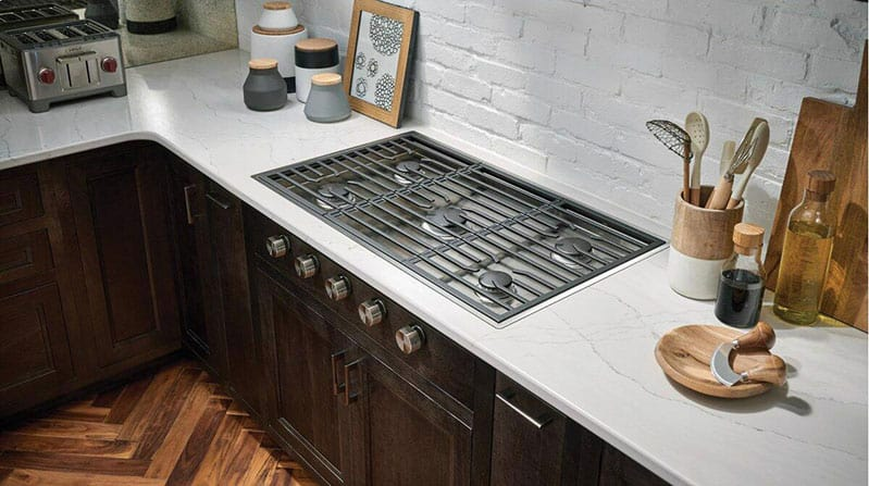 wolf-CG365-gas-cooktop-installed-flush-with-counters