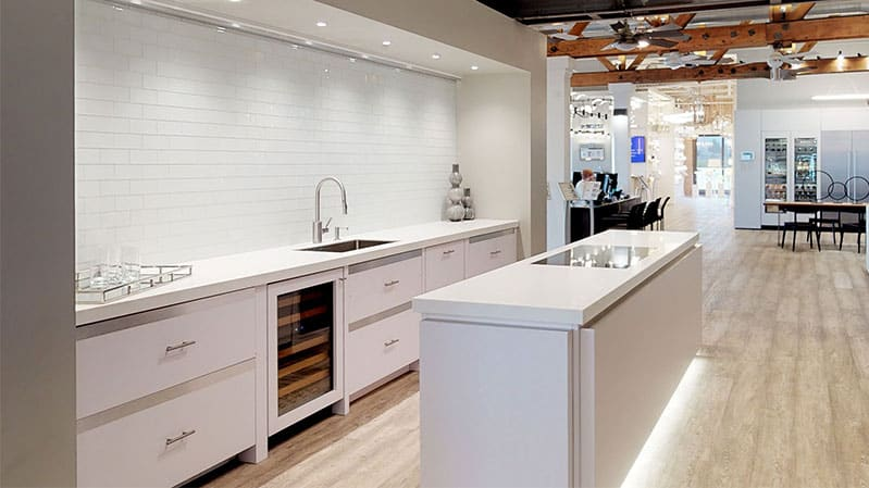 wolf-kitchen-in-white-yale-appliance-boston
