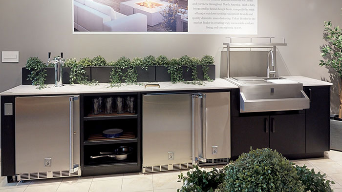 yale-appliance-outdoor-kitchen-with-a-kegerator