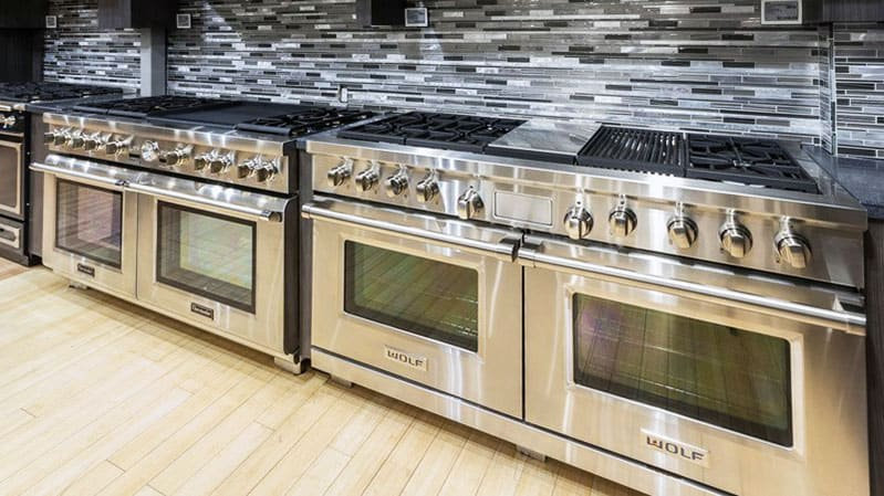 yale-appliance-professional-range-display-2