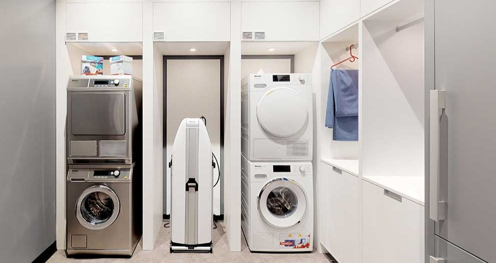 Are Combo Washer & Dryers Worth It? (Ratings / Reviews / Prices)