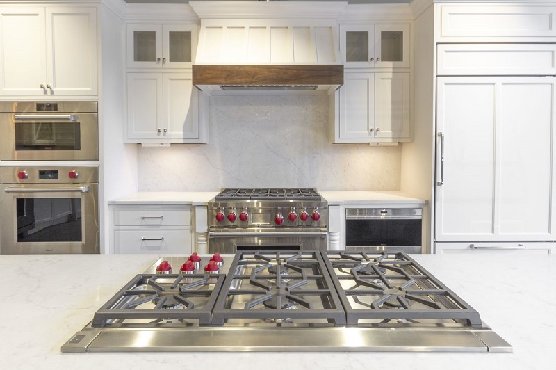 Yale-Appliance-Framingham-Showroom-Wall-Oven-Display-1