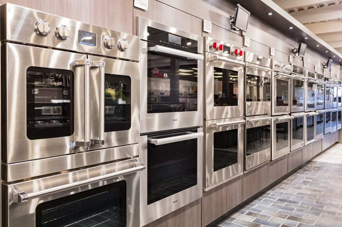 Wolf vs. Miele M Series Wall Ovens (Reviews/Ratings/Prices)