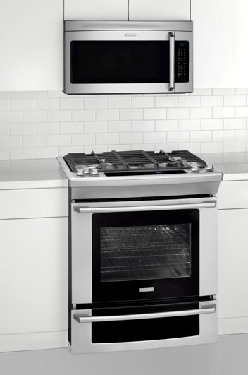 Electrolux EW30GS75KS slide in gas range