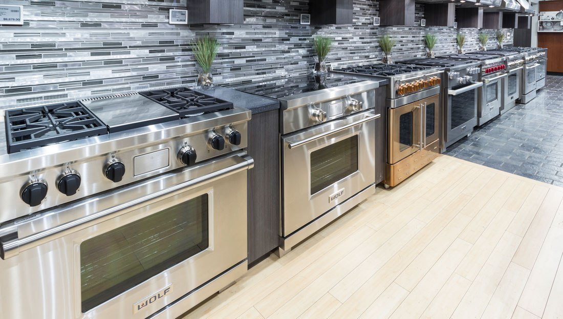 Wolf vs. Viking Gas Ranges (Reviews / Ratings)