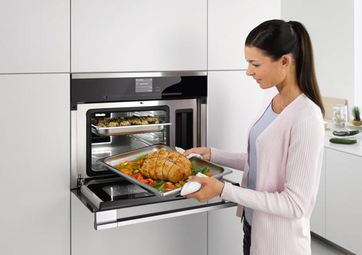 Miele vs. Gaggenau Steam Convection Ovens (Reviews/Ratings/Prices)