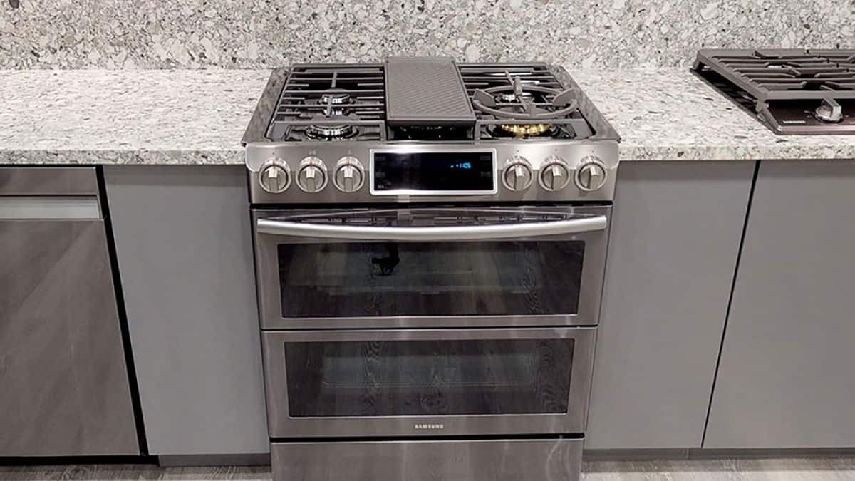 KitchenAid Vs. Samsung Gas Slide-In Ranges (Reviews / Ratings / Prices)