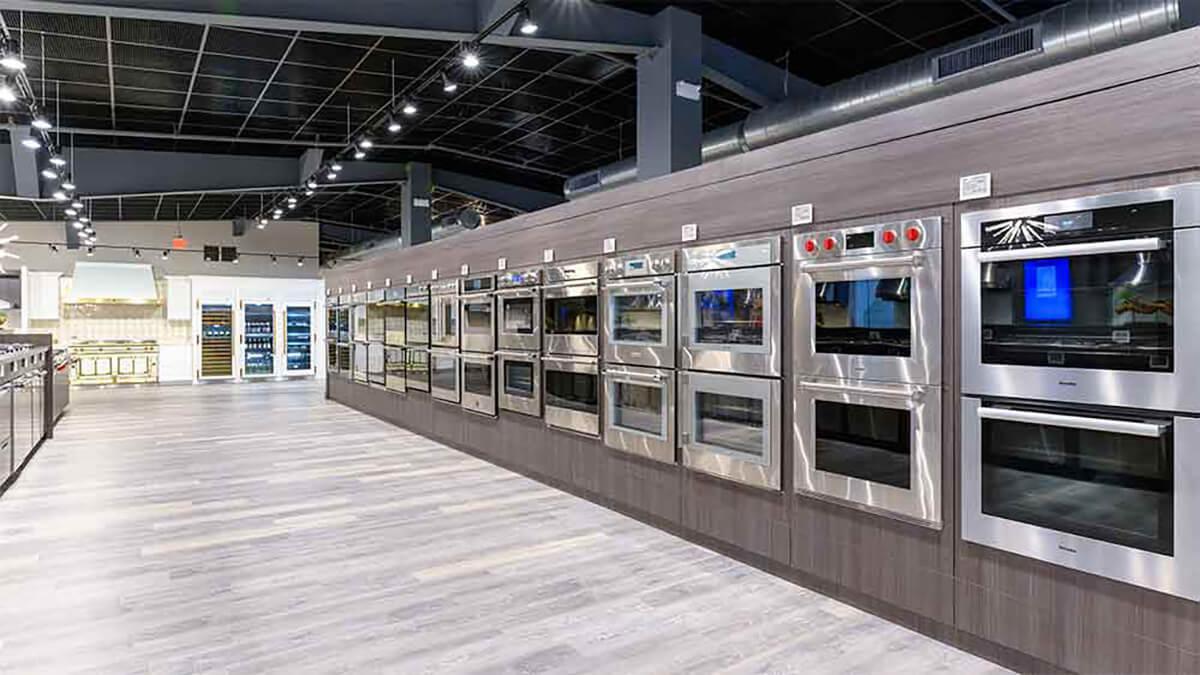 Gaggenau vs. Miele Wall Ovens (Reviews / Ratings / Prices)